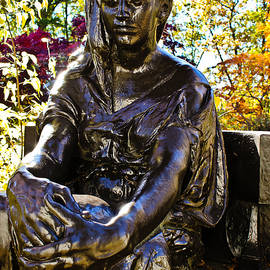 Colleen Kammerer - The Bronze Lady - Sleepy Hollow Cemetery