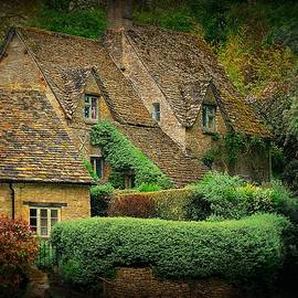 The Charm Of The Cotswolds by Toni Abdnour