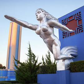 Greg Kopriva - The Contralto Statue, The State Fair of Texas Esplanade
