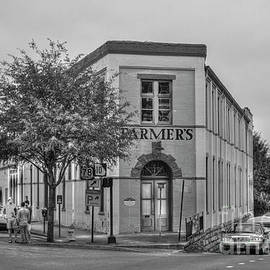 Reid Callaway - The Corner Flatiron Building Farmers Hardware
