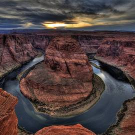 The Day's End At Horseshoe Bend by Michael Morse