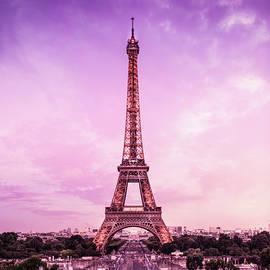 Kaan Sensoy - The Eiffel after sunset