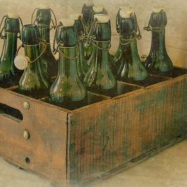 Toni Abdnour - The Empty Green Bottle
