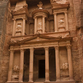 Taylor S. Kennedy - The Famous Treasury With Two Camels