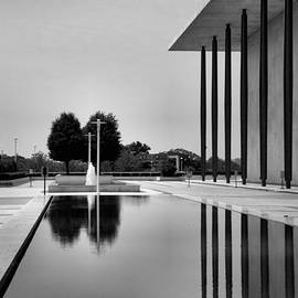 The Kennedy Center by Steven Ainsworth