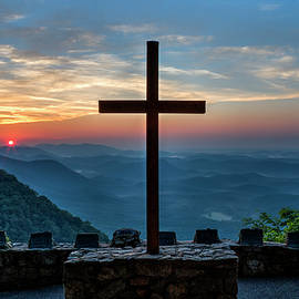 Reid Callaway - The Magnificent Cross Pretty Place Chapel Greenville SC Great Smoky Mountains Art
