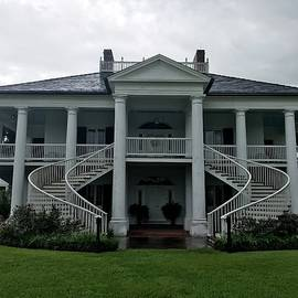 Gloria Diallo - The Main House at Evergreen Plantation