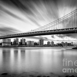 The Manhattan Bridge by John Farnan