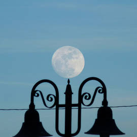 Heather Huffman - The Moon Touching the Lamp