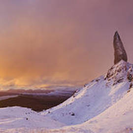 The Old Man of Storr at sunrise, Skye, Scotland. by Justin Foulkes
