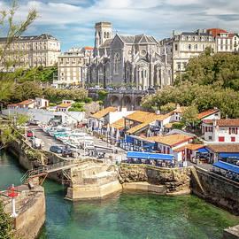 W Chris Fooshee - The port in Biarritz