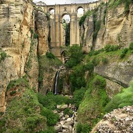 The Puente Nuevo bridge in Ronda by RicardMN Photography