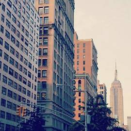 Joe Iacono - The Spire Of The Empire State Building