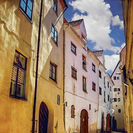 Carol Japp - The Sunny Streets of Old Riga