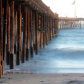 The Ventura Pier - Dan Holmes