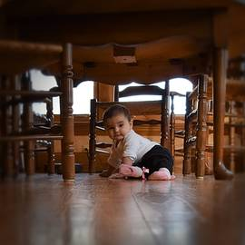 Marnie Malone - The World Under the Table