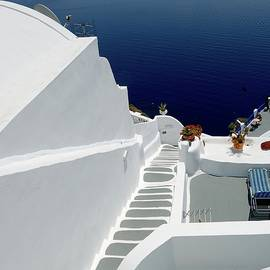 Yuri Hope - These lovely white steep stairs of Santorini....