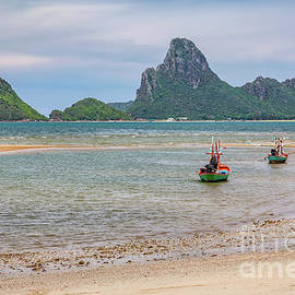 Three Boats Thailand - Adrian Evans