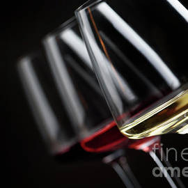 Three glass of wine - Jelena Jovanovic