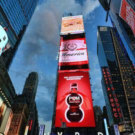 Allen Beatty - Times Square # 1