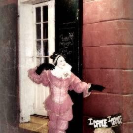 Toni Abdnour - Tiny Dancer