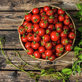 Tomatoes rustic by Torbjorn Swenelius