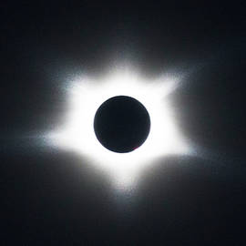 Debra and Dave Vanderlaan - Total Eclipse of the Sun at Totality