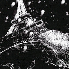 Tour Eiffel on a Winter day. by Cyril Jayant