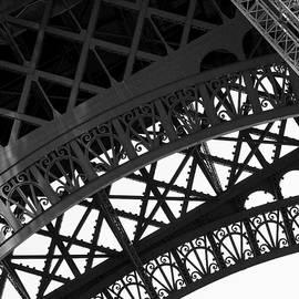 Tour Eiffel by Robert Baker