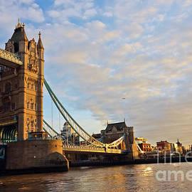 Terri Waters - Tower Bridge South Bank