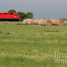 Train engine and Hay Rolls 20180716 6 by Alan Look