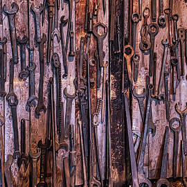 Train Tools Roundbarn - Garry Gay