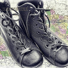 Sharon Popek - Traveling Boots Kentucky
