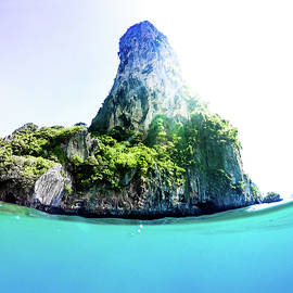 Tropical Island by Nicklas Gustafsson