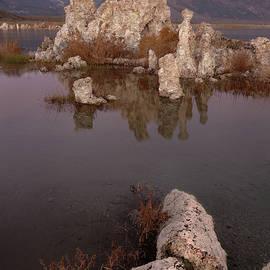 Tufa and Mountains - Francesco Emanuele Carucci