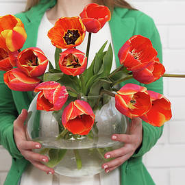 Tulips in a vase  by Iuliia Malivanchuk