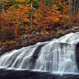 Juergen Roth - Tumbling New Hampshire Profile Waterfall