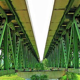 Audie T Photography - Turnpike Bridge