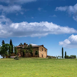 Tuscan Field With Farm House by Wolfgang Stocker