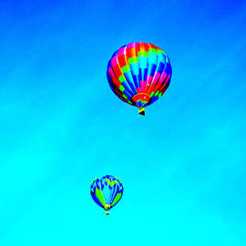 Jeff Swan - Two balloons in the blue sky
