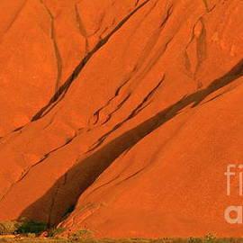 Tim Richards - Uluru Close Up