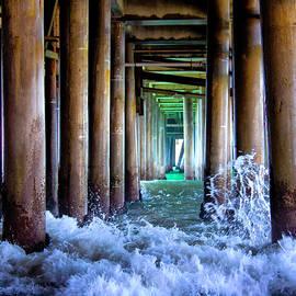 John Turner - Under The Pier