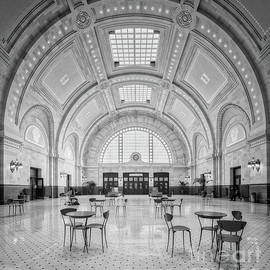 Jerry Fornarotto - Union Station Seattle bw