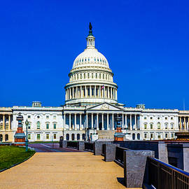 United States Capitol Building by TL  Mair