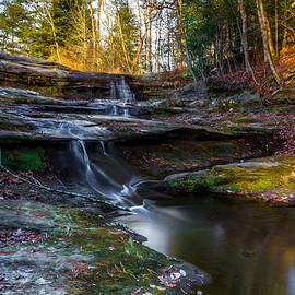 Upper Falls Cascades by Ron Pate