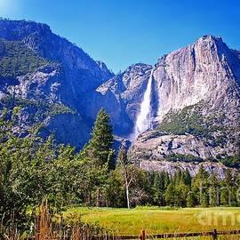 Thomas Burtney - Upper Yosemite Falls