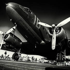 Rene Triay Photography - Usaf C-47 Bw