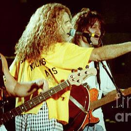 Gary Gingrich Galleries - Van Halen-91-3 Shot-2084
