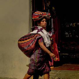 Vendedora Guatemalteca - Guatemala