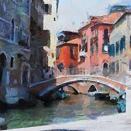 John Pelosi - Venice Stroll